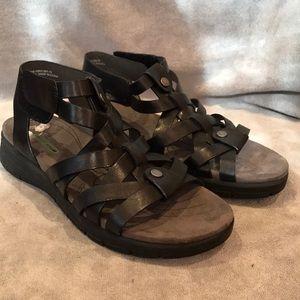Open-toe Velcro Strap Sandals
